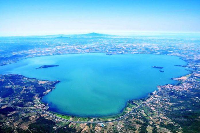 Lago-Trasimeno-veduta-ae