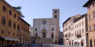 La piazza di Todi