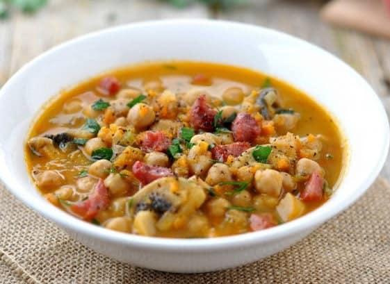 zuppa umbra con verdure d'autunno