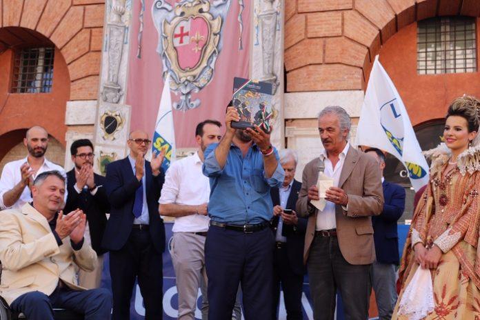 Salvini a Foligno foto-Ansa