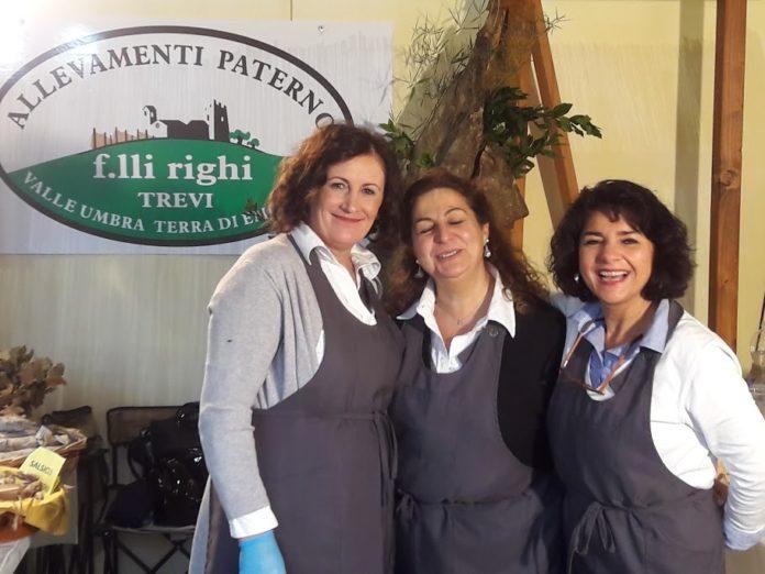 Sandra Righi, Piera Speranzini e una collaboratrice