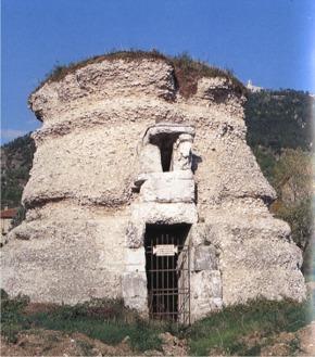 mausoleo gubbio
