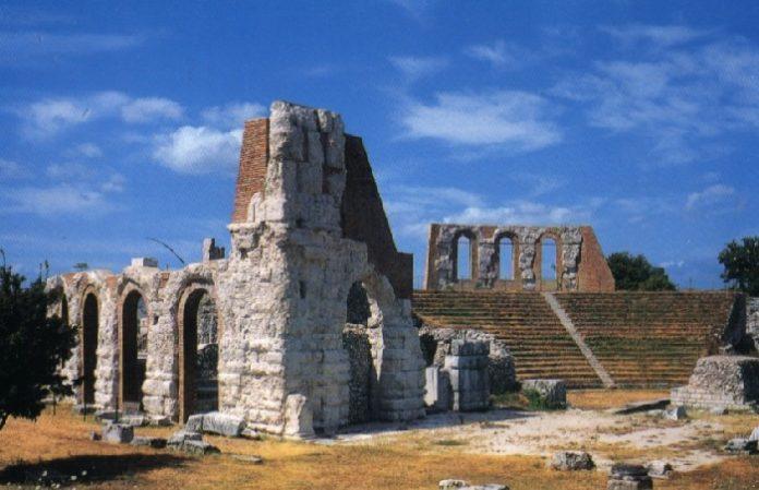 teatro romano a gubbio